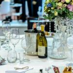 Le cocktail gagnant d'un apéritif sans alcool et d'un bon repas entre amis