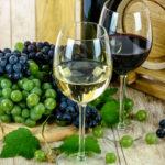 Pourquoi conserver ses bouteilles dans une cave à vins de service ?